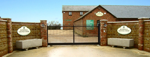 Rothwell Grange Court entrance